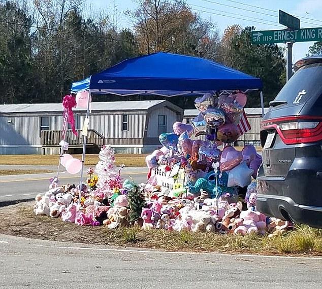 """Bé gái 3 tuổi mất tích giữa đêm, 5 ngày sau thi thể được tìm thấy dưới hồ nước, danh tính hung thủ khiến người mẹ """"hận"""" bản thân mình - Ảnh 3."""