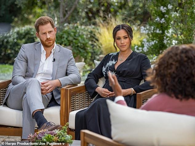 Chuyên gia tiết lộ danh tính nhân vật hoàng gia bị Meghan Markle nhắc đến trong cuộc phỏng vấn bom tấn nói về màu da bé Archie - Ảnh 3.