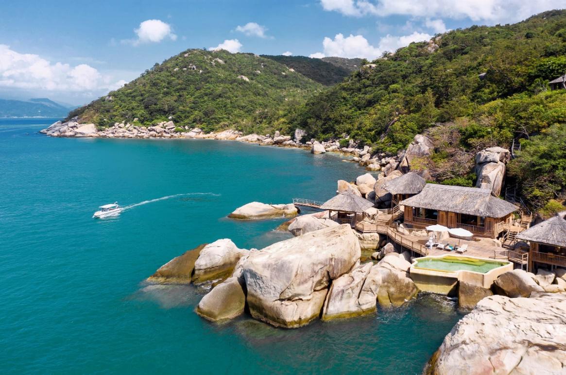 Resort nơi Hoa hậu Hà Kiều Anh đưa cả gia đình đi du lịch có gì mà đắt đỏ nhất nhì Nha Trang?  - Ảnh 13.