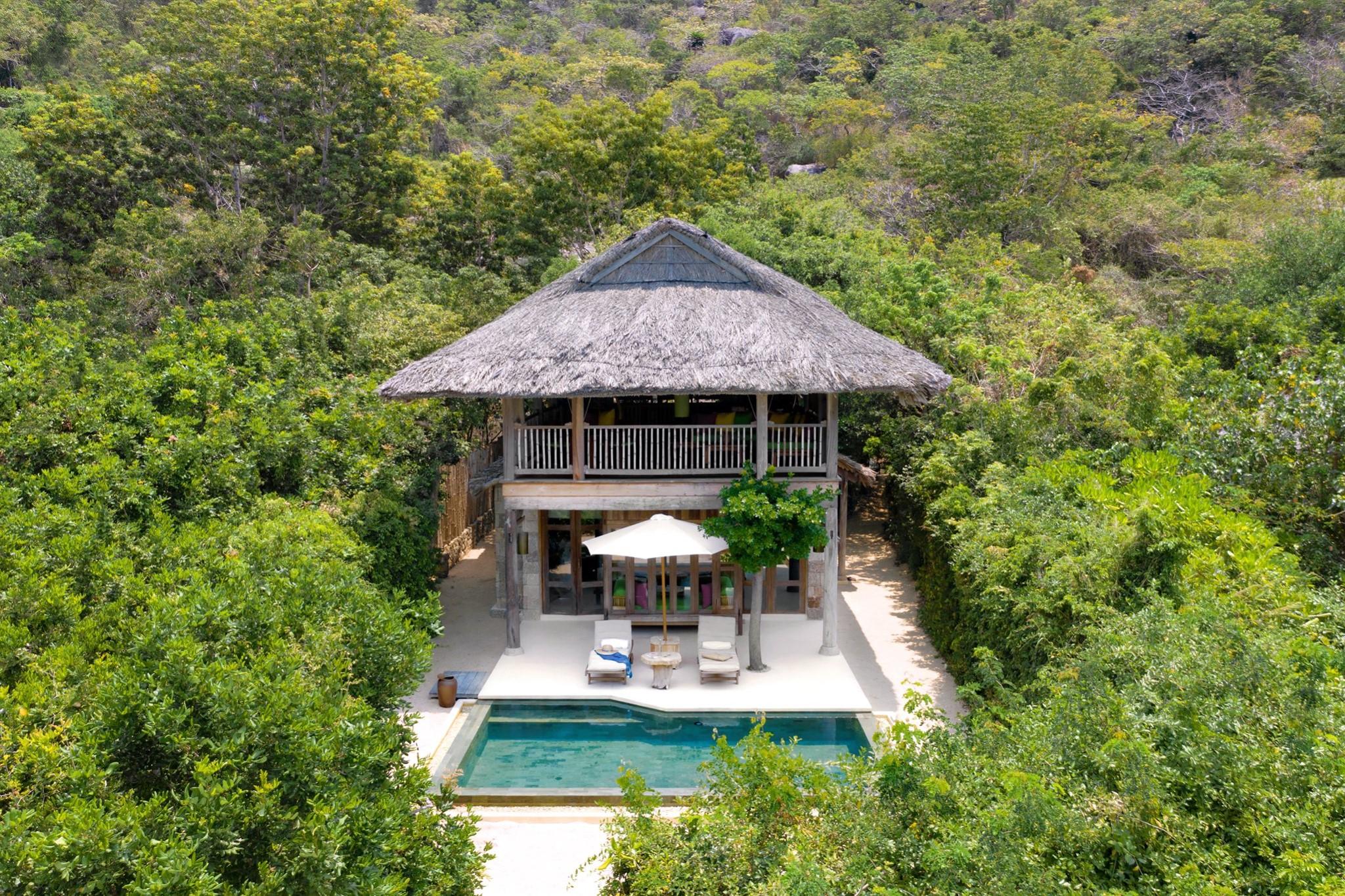 Resort nơi Hoa hậu Hà Kiều Anh đưa cả gia đình đi du lịch có gì mà đắt đỏ nhất nhì Nha Trang?  - Ảnh 9.