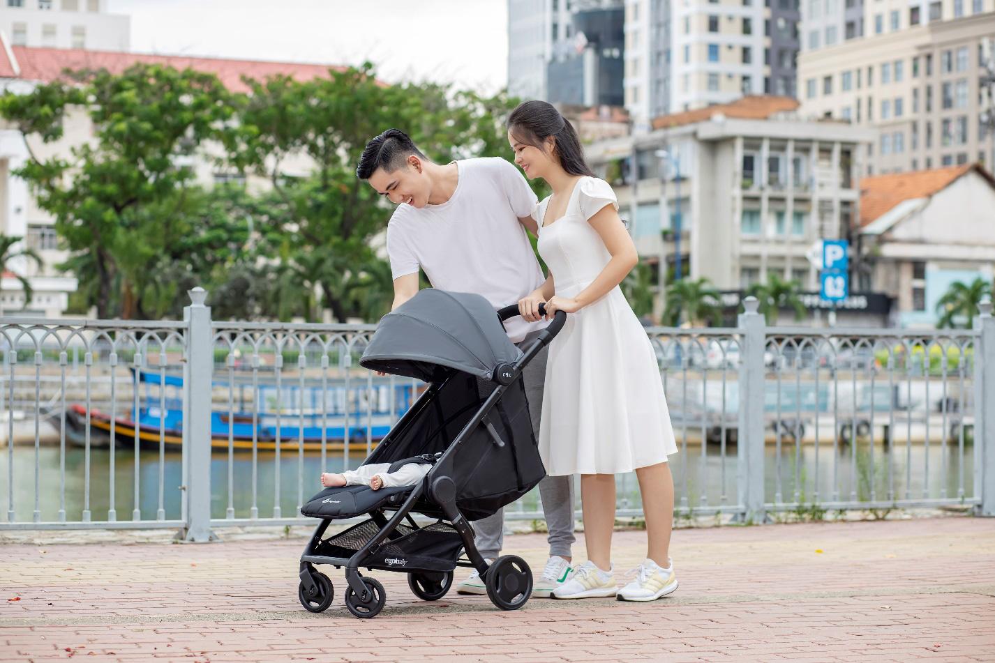 Mách mẹ cách chọn xe đẩy nhập khẩu từ mỹ thoải mái và an toàn cho con yêu - Ảnh 6.