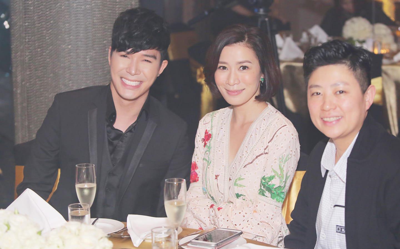 Đẳng cấp quan hệ rộng của Nathan Lee: Hết dùng bữa với Cổ Thiên Lạc lại sang ngồi bàn tiệc với Xa Thi Mạn