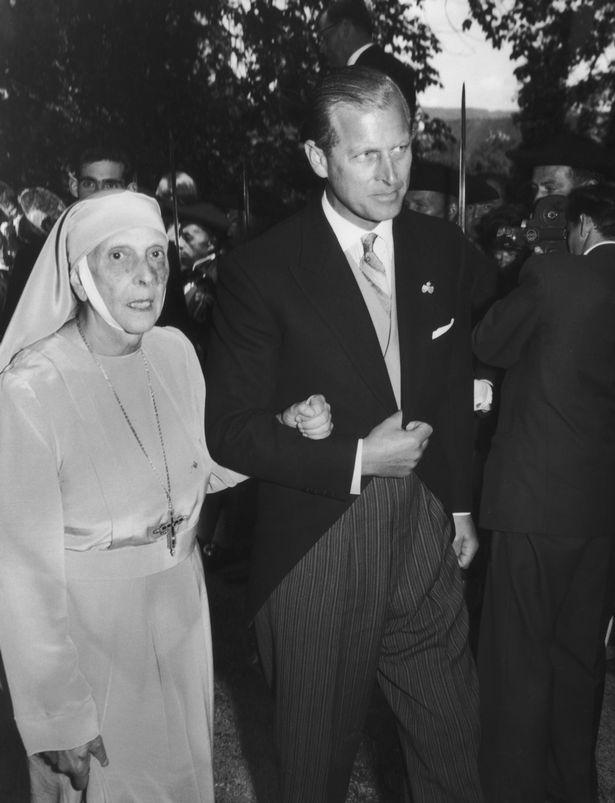 Tuổi thơ cơ cực của Hoàng tế Philip: Mẹ phải nằm viện tâm thần, chị gái bị tai nạn máy bay tử vong, từ hoàng tử lưu vong trở thành phu quân Nữ hoàng Anh - Ảnh 3.