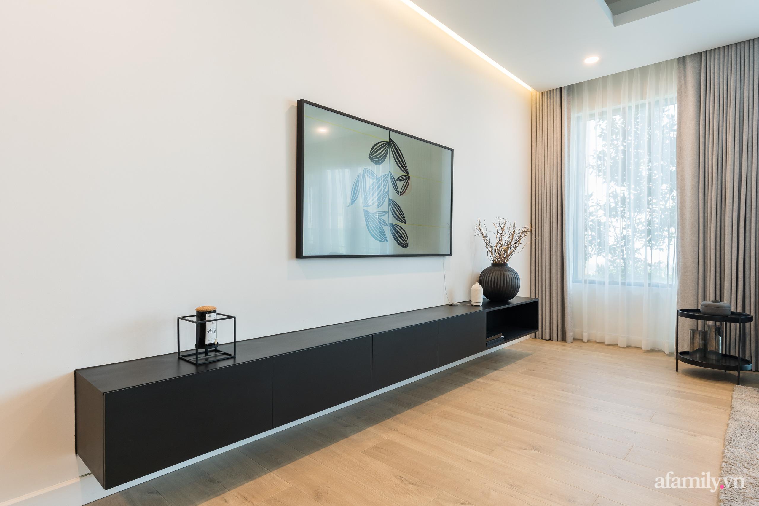 Căn hộ 216m² đẹp sang trọng và hiện đại thu trọn vẻ đẹp quận 2 Sài Gòn trong tầm mắt nhờ phong cách Minimalism - Ảnh 4.