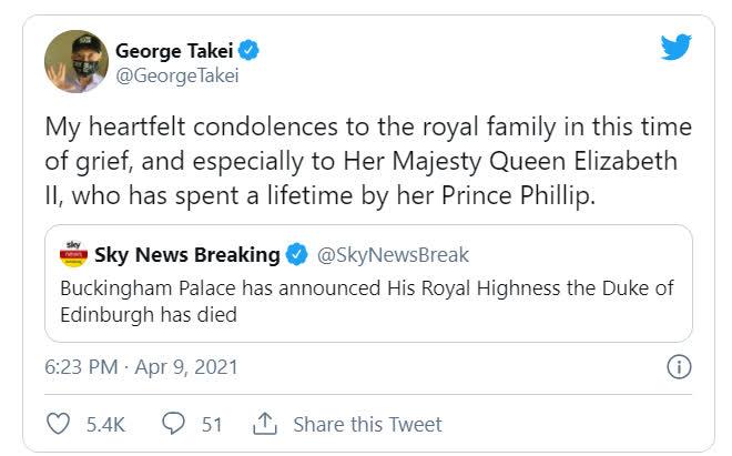 Dàn sao tưởng niệm sự ra đi của Hoàng thân Philip: Gia đình Beckham bị chỉ trích vì đăng ảnh cởi trần, 2 nam tài tử có hành động đặc biệt - Ảnh 12.