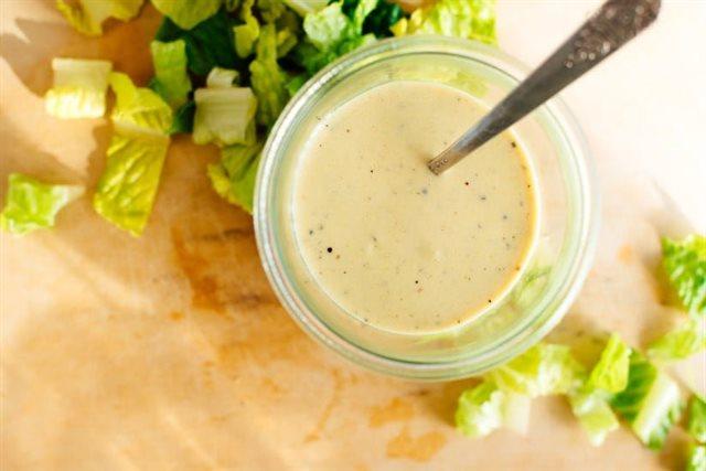 3 loại nước sốt cân được tất cả các salad trên đời: Chị em chỉ cần 5 phút thao tác là xong! - Ảnh 1.