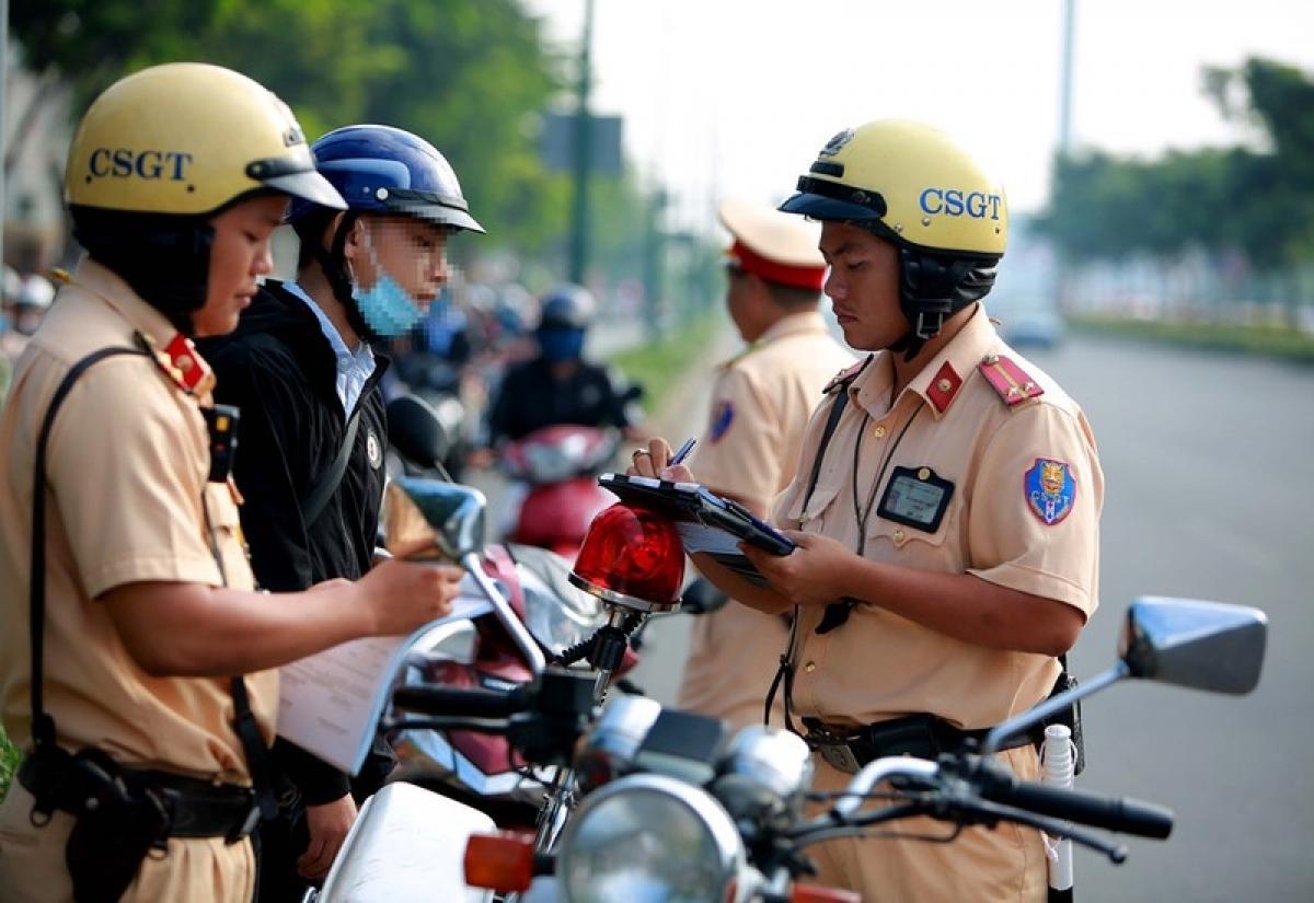 Các trường hợp được miễn, giảm tiền phạt vi phạm giao thông từ năm 2022 - Ảnh 1.