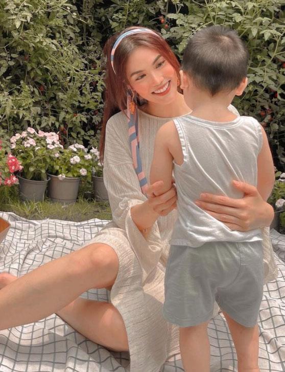 Loạt Alpha Kid mới của showbiz Việt: Bé nào cũng được nuôi dưỡng cẩn thận, tí tuổi đã được ở nhà đẹp, ăn món ngon, xài đồ xịn - Ảnh 16.