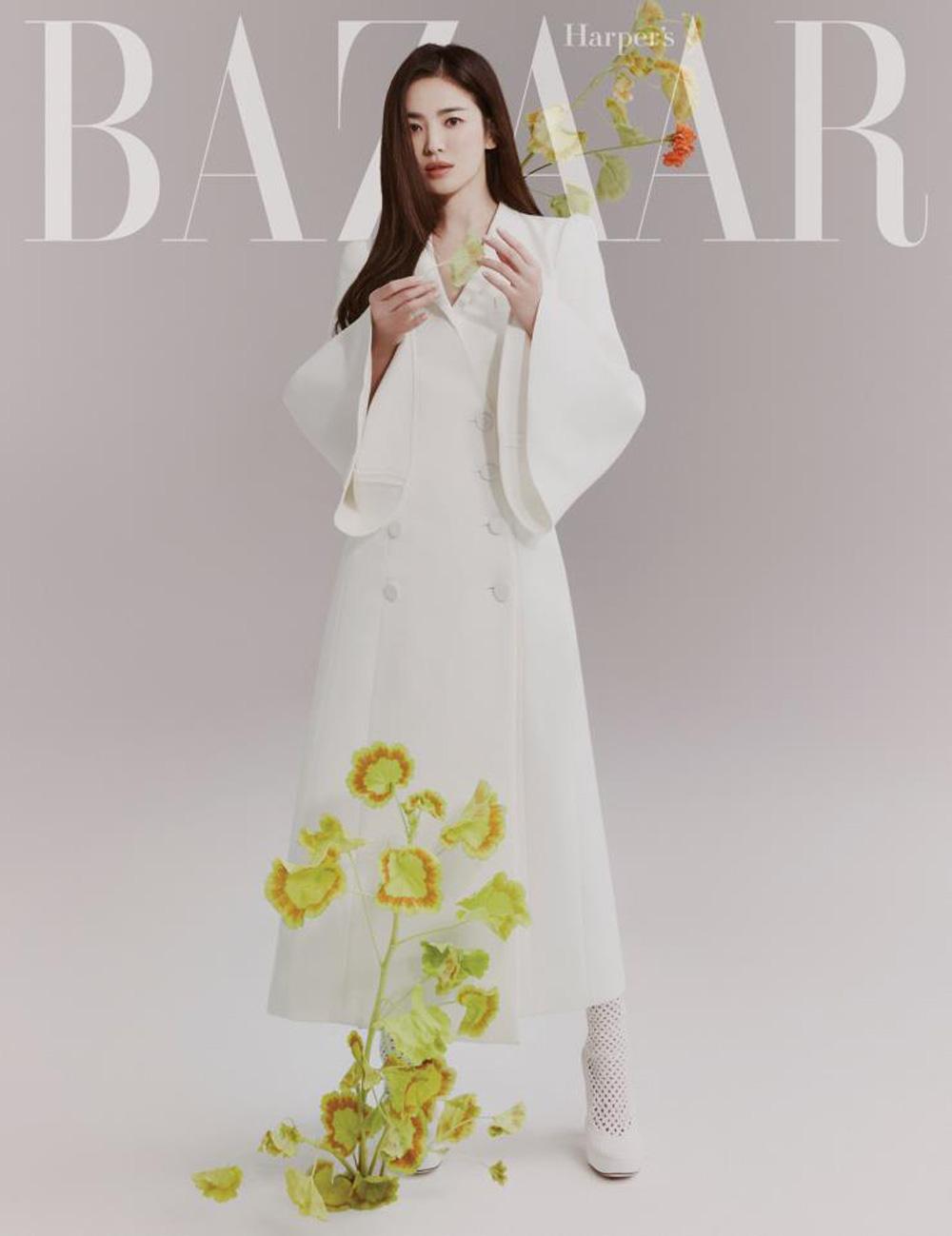 """Song Hye Kyo hay bị dân tình chê thiếu khí chất thời trang nhưng cô đã có cú """"bẻ lái"""" cực gắt khiến antifan câm nín - Ảnh 2."""
