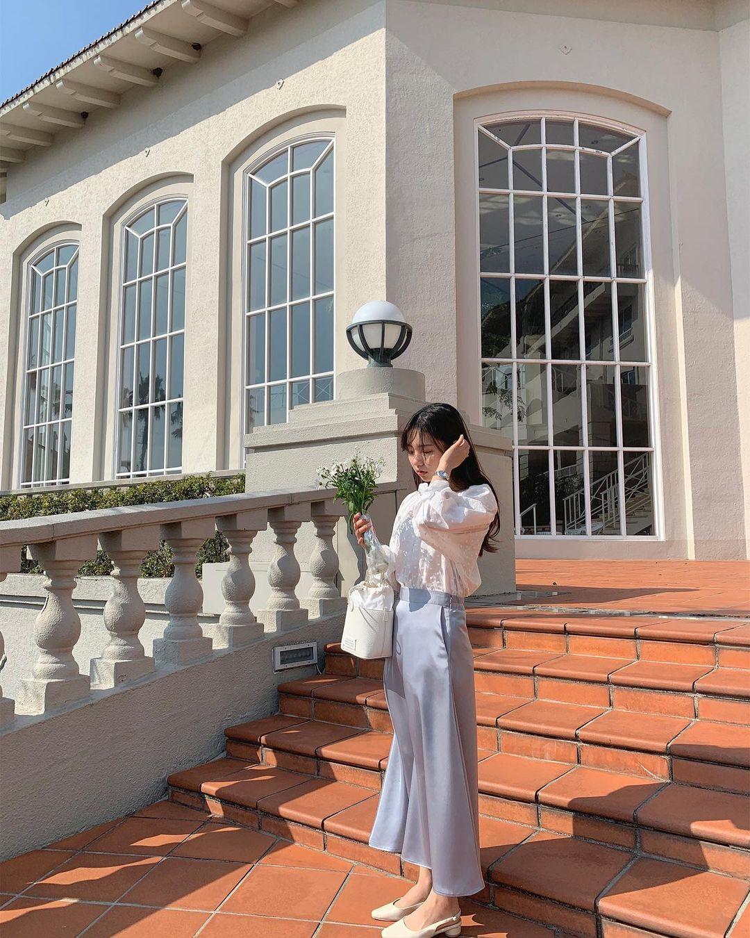 Gái Hàn có 12 cách lên đồ với áo blouse đẹp mê, xem xong là muốn copy đến sở làm liền - Ảnh 6.