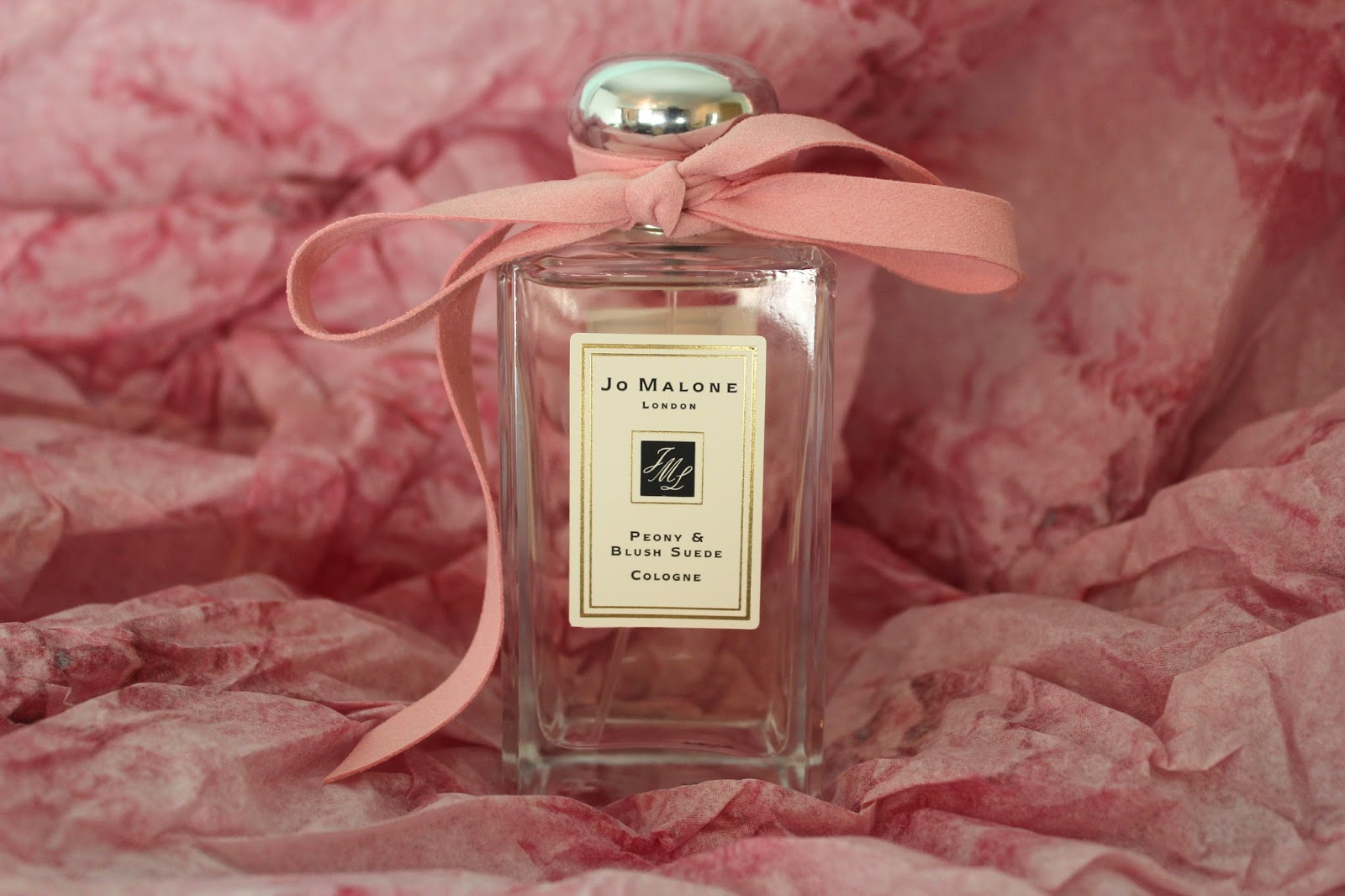 """5 chai nước hoa hương hoa cỏ dịu nhẹ, dùng mùa Hè là """"đỉnh của chóp"""" - Ảnh 2."""