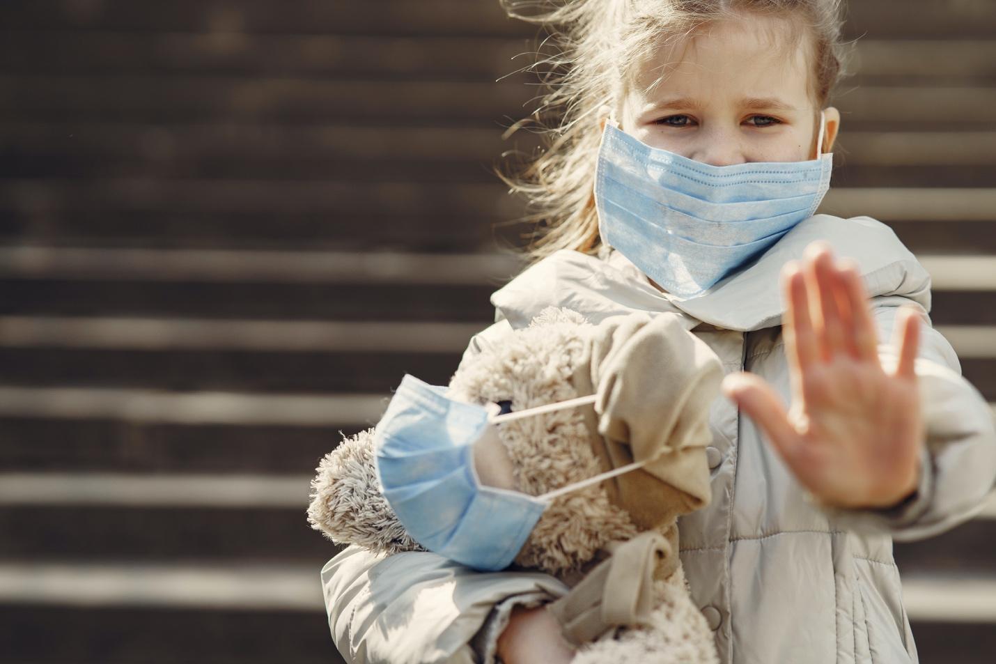Giúp bé tăng cường đề kháng và miễn dịch qua mùa khó ở - Ảnh 2.