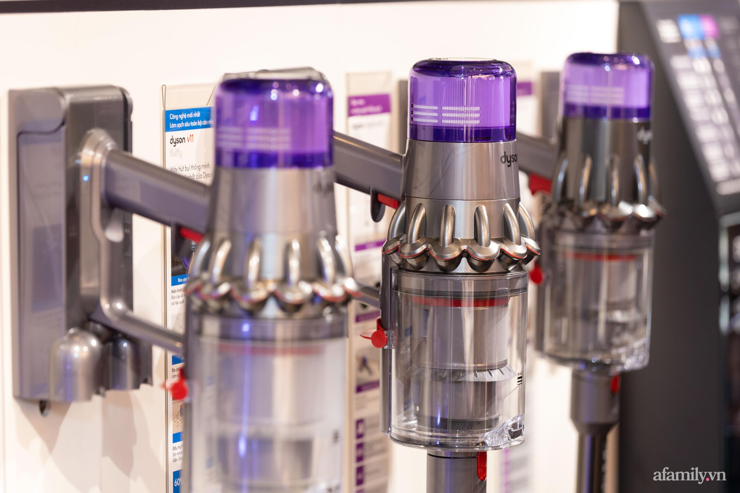 Dyson khai trương cửa hàng đầu tiên tại Việt Nam: Từ máy sấy tóc, quạt, máy hút bụi không cánh giá chính hãng cực tốt cho chị em  - Ảnh 12.
