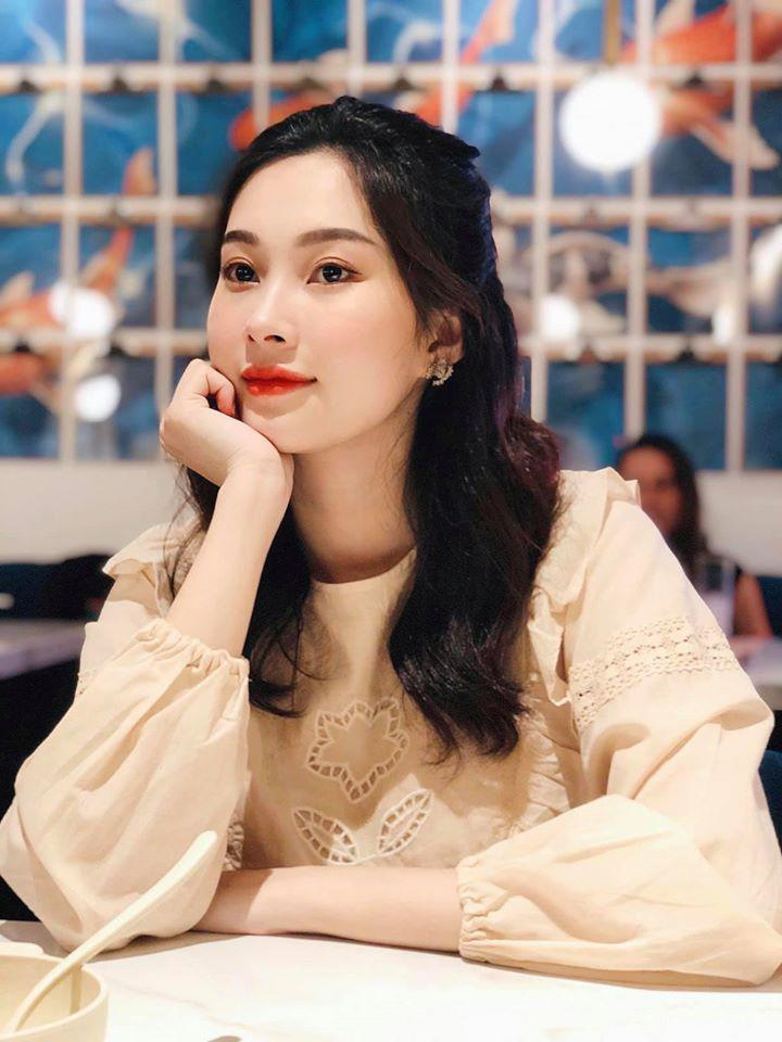 Bóc tips makeup của Đặng Thu Thảo: Toàn mẹo đơn giản bất ngờ, bảo sao làm nổi bật visual Thần tiên tỷ tỷ! - Ảnh 2.