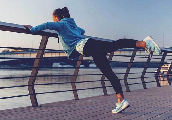 Cùng có thói quen đi bộ mỗi ngày, tại sao có người sống thọ tới 90 tuổi, có người lại rước thêm bệnh? Hóa ra phụ thuộc 4 thói quen này - Ảnh 2.