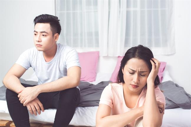 Khi sắp sinh con, chồng đưa cho tôi 50 triệu bảo rằng mẹ chồng cho, tôi mừng rỡ mà đâu ngờ sự thật phía sau quá đỗi xấu hổ