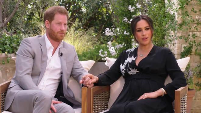 12 bộ đầm đen gây bão Hoàng gia Anh: Ngoài những sự kiện quan trọng thì hai cô con dâu thua hết mẹ chồng ở khoản sexy o ép vòng 1 - Ảnh 16.