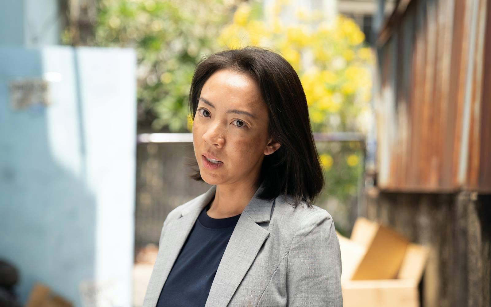 """Từ chị đại cho tới phụ nữ nông thôn… Thu Trang đầy thần thái khi """"cân"""" một lúc ba nhân vật"""