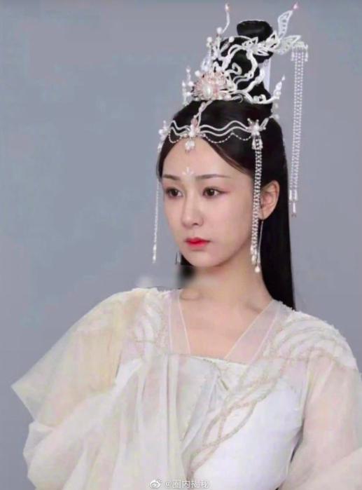 Trầm vụn hương phai: Dương Tử vừa lộ mặt đã bị chê bắt chước Viên Băng Nghiên ở Lưu ly mỹ nhân sát - Ảnh 3.