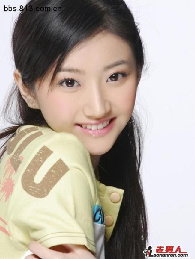 Hình ảnh năm 17 tuổi của dàn mỹ nhân Hoa ngữ: Dương Mịch, Phạm Băng Băng lép vế trước Lưu Diệc Phi, Trương Bá Chi - Ảnh 9.