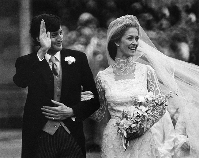 Người phụ nữ thầm lặng trong lễ tang Hoàng tế Philip: Bạn tâm giao kém 32 tuổi của người quá cố, đẹp hơn cả Nữ hoàng Anh và Kate Middleton  - Ảnh 6.