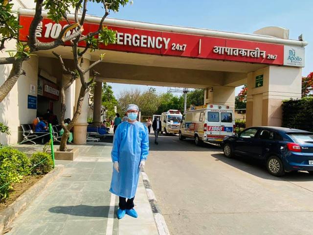 Đại sứ Việt Nam giữa bão Covid-19 ở Ấn Độ: Chưa bao giờ thấy lằn ranh giữa cái chết và sự sống lại mỏng manh đến thế - Ảnh 1.