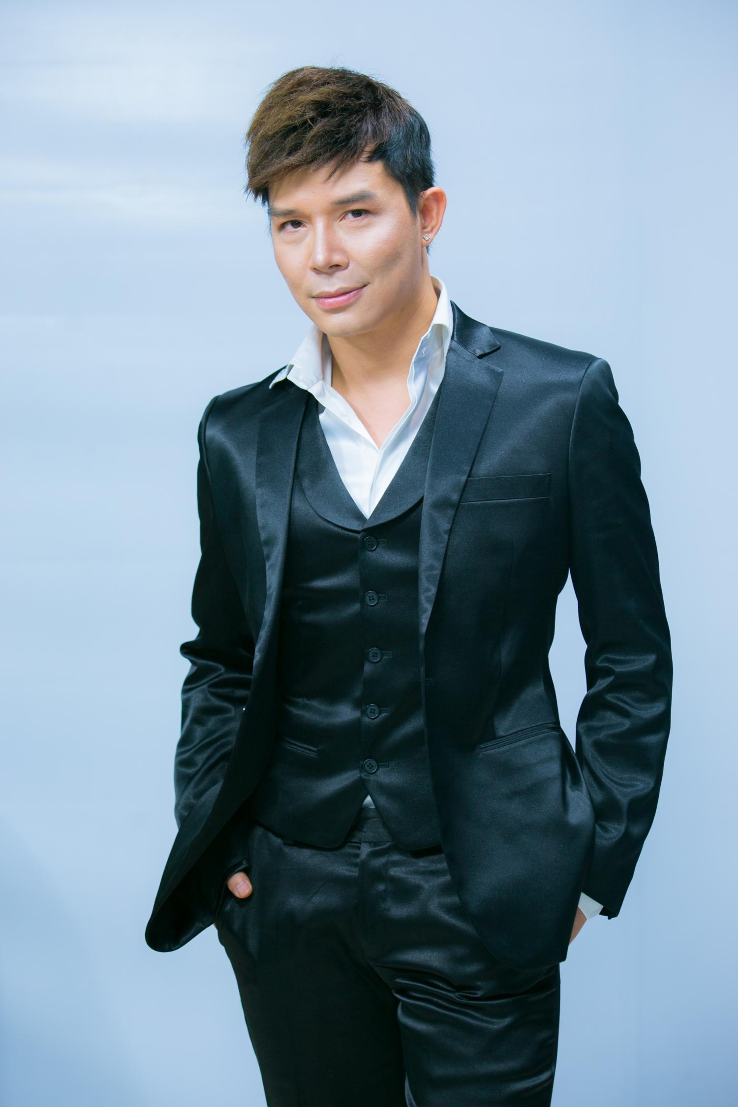 Rốt cuộc thì có ai nhớ ca sĩ Nathan Lee là ai không? - Ảnh 3.