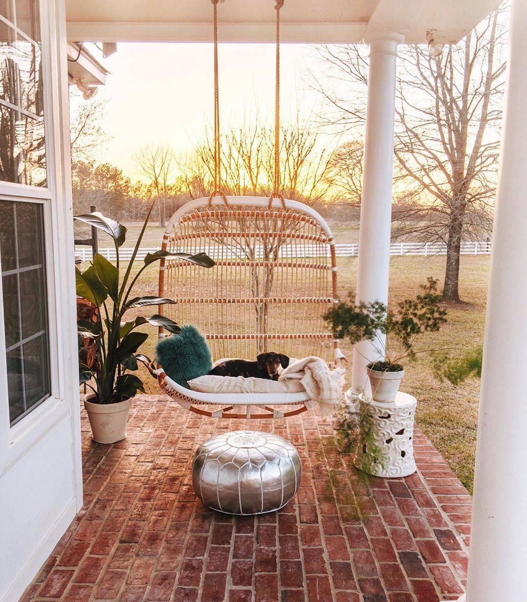 Những ý tưởng hữu ích giúp góc thư giãn ngoài trời mùa hè thêm lãng mạn - Ảnh 2.