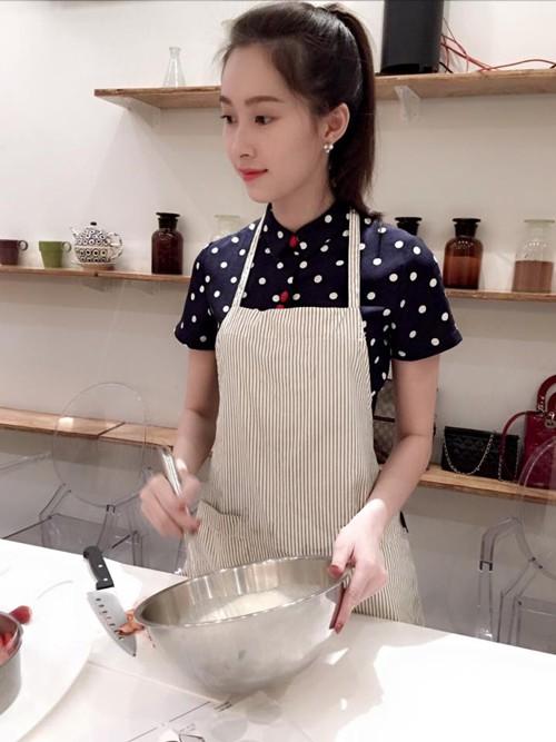 Chẳng khoe thành quả bếp núc nhiều, Đặng Thu Thảo vẫn được khen đảm đang chỉ nhờ món đặc sản Hội An, mọi người lưu gấp cách thực hiện - Ảnh 24.