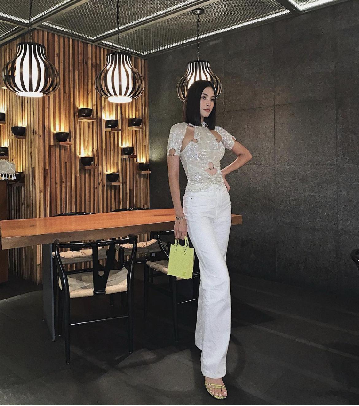Instagram look sao Việt tuần qua: Hà Hồ - Tóc Tiên lên đồ sexy nín thở, Tiểu Vy diện áo cut out thu phục mọi ánh nhìn - Ảnh 7.