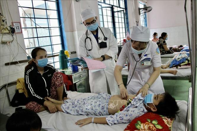 Số ca mắc tay chân miệng ở An Giang tăng cao, một trường hợp tử vong - Ảnh 1.