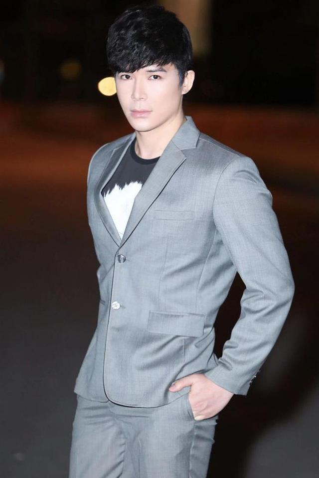 Hương Tràm chính thức nói về Nathan Lee giữa bão drama The Voice, gửi lời cám ơn vì nam ca sĩ làm điều này - Ảnh 1.