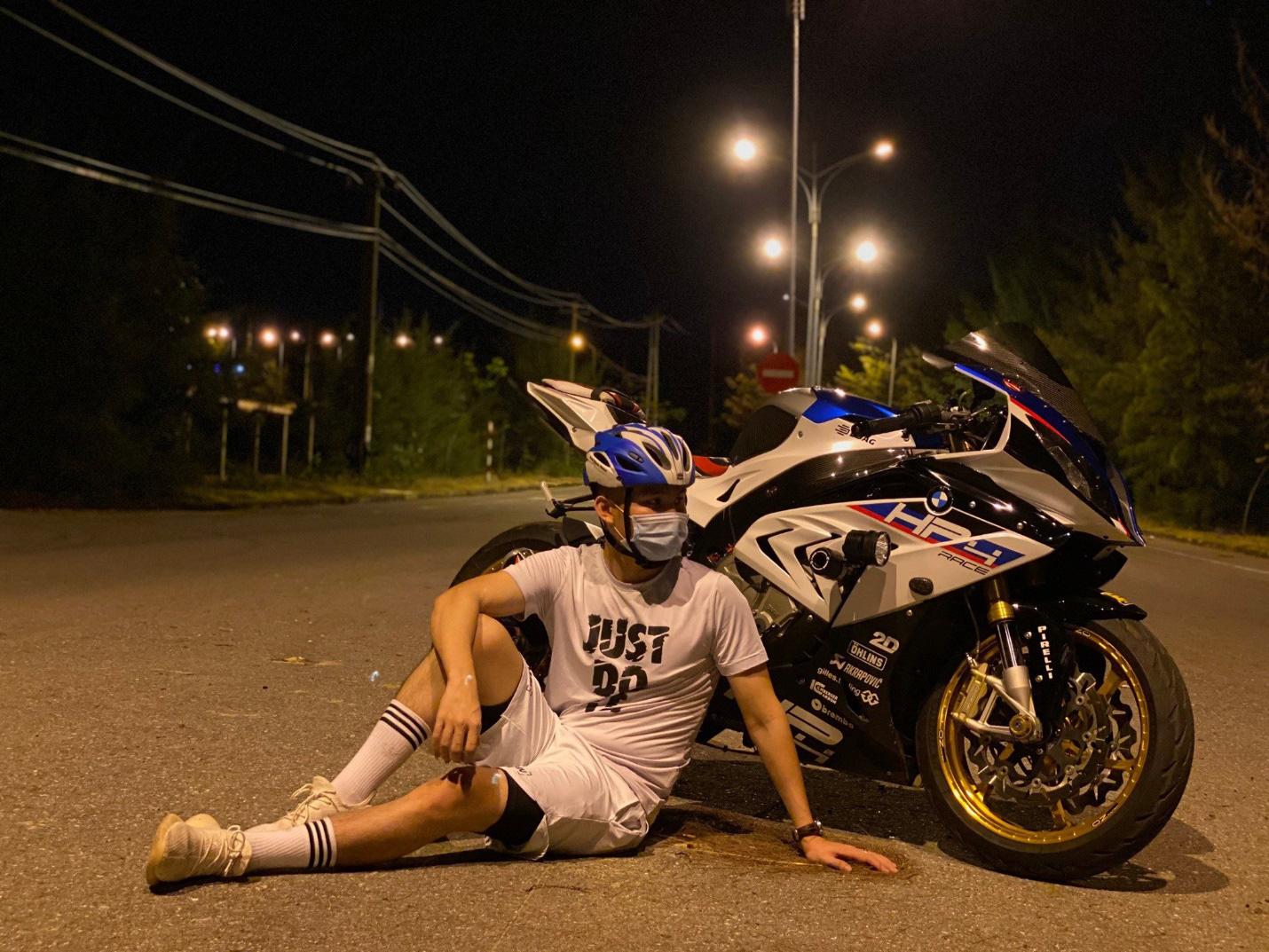Đỗ Văn Phát: Nhiếp ảnh là nghề nhưng đam mê lại là tốc độ và moto - Ảnh 3.