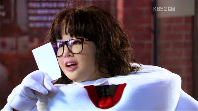 5 tạo hình khiến diễn viên Hàn muốn chôn sống: Makeup thảm họa của Song Joong Ki chưa sốc bằng trùm cuối - Ảnh 9.