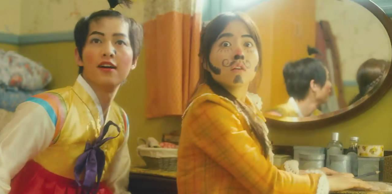 5 tạo hình khiến diễn viên Hàn muốn chôn sống: Makeup thảm họa của Song Joong Ki chưa sốc bằng trùm cuối - Ảnh 3.