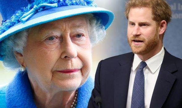 Nữ hoàng Anh hết lần này đến lần khác nhân nhượng và bỏ qua cho Harry dù bị cháu trai phản bội, hóa ra xuất phát từ một lý do đau lòng - Ảnh 2.