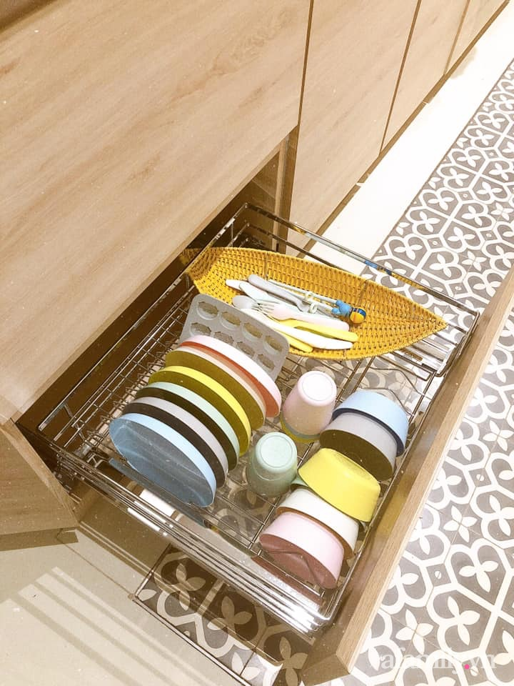 Căn bếp gọn đẹp, ngăn nắp như trong tạp chí nhờ học hỏi bí quyết tối giản của người Nhật - Ảnh 14.