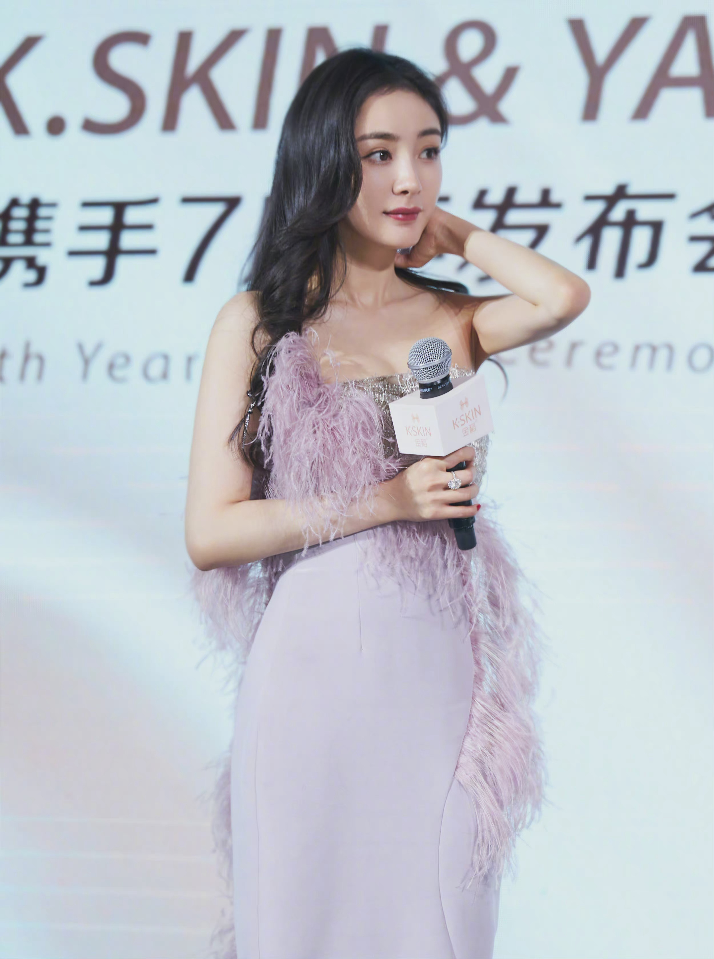 """Dương Mịch lao vào cuộc đua đồ cao cấp, đổi stylist để """"lấy le"""" diện đồ Haute Couture đi sự kiện nhưng vẫn bị dân tình chê bai - Ảnh 7."""