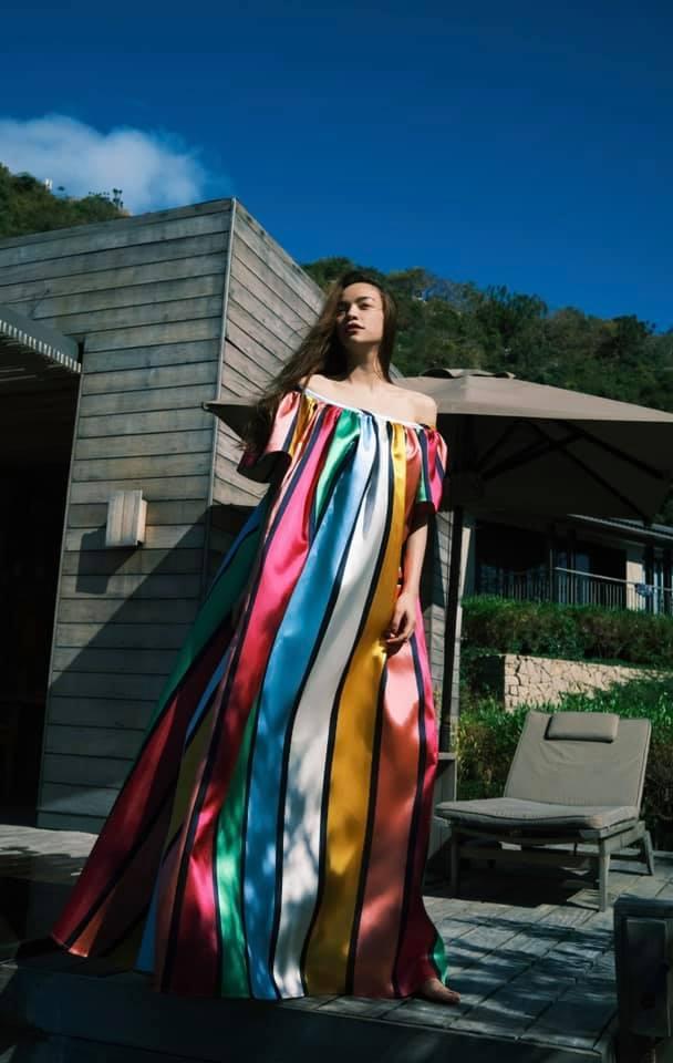 Hà Hồ có cả loạt váy sống ảo đỉnh cao nhờ kiểu váy này, chị em muốn học theo cũng cực dễ - Ảnh 4.