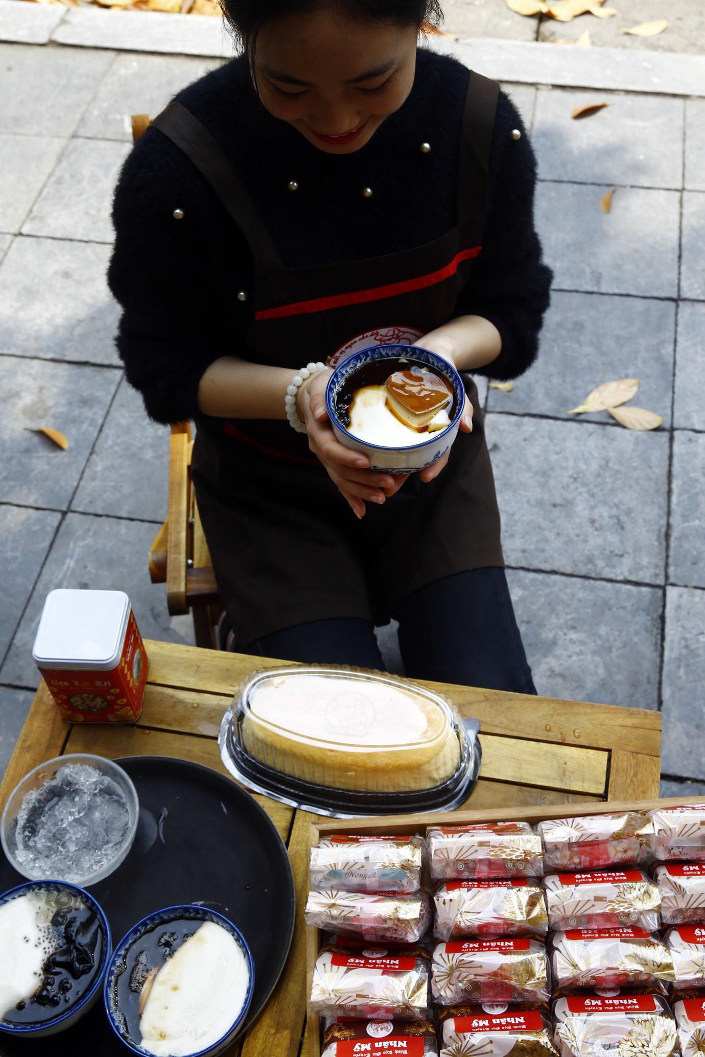 Vua Tào Phớ - Từ cối đá 2 tấn xay đậu nành đến chặng đường 10 năm sáng tạo menu của riêng mình - Ảnh 4.