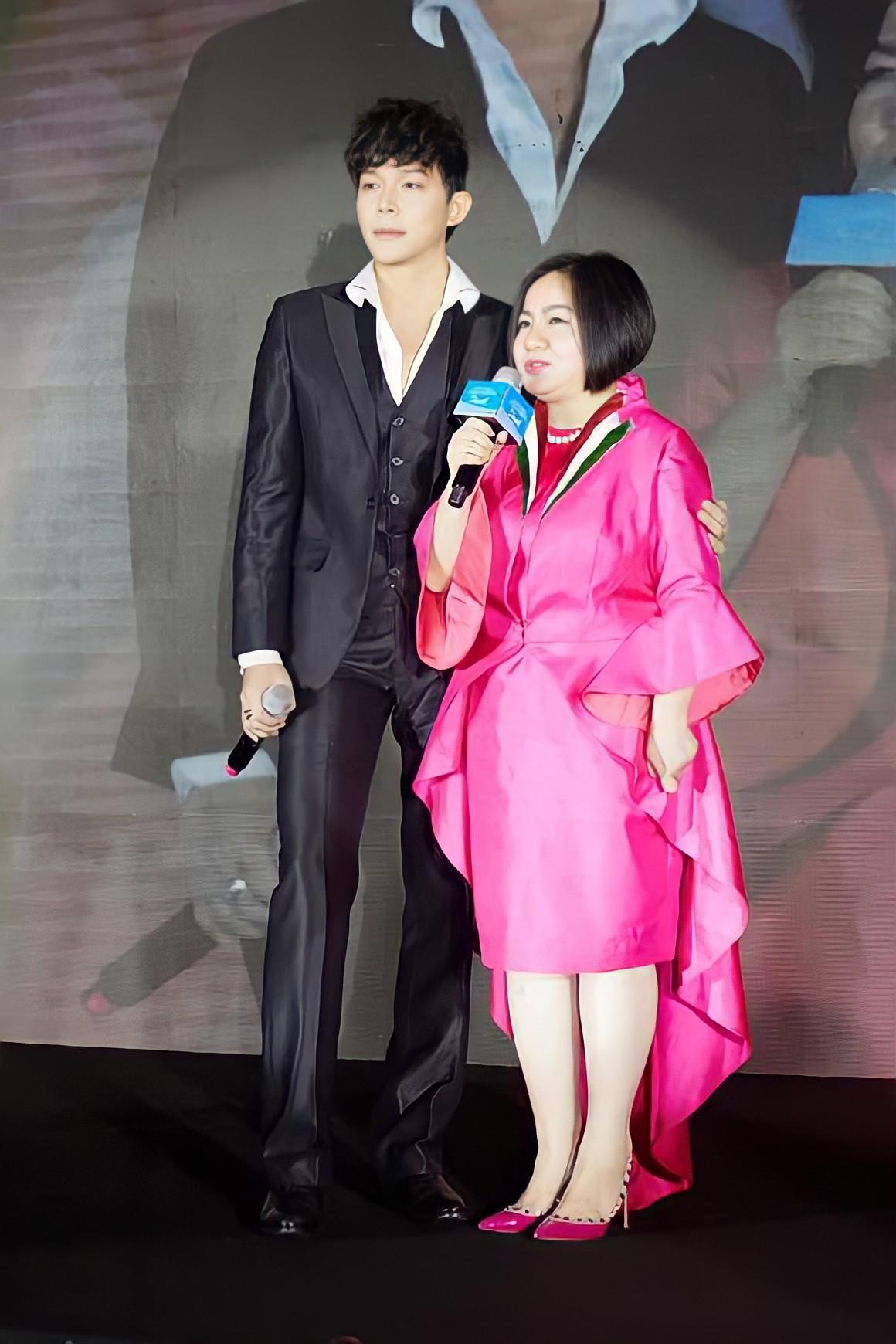 Nathan Lee và giám đốc sản xuất Vietnams Next Top Model chính thức xoá bỏ mâu thuẫn 11 năm về trước - Ảnh 6.