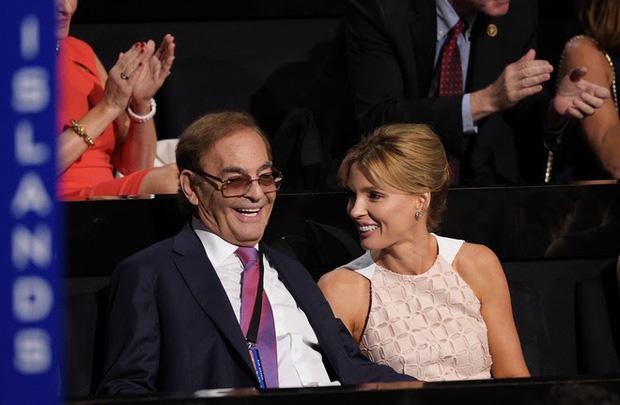 """Chấp nhận từ bỏ hào quang và bỏ ngoài tai lời rèm pha để lấy tỷ phú 83 tuổi, cuộc sống của nàng hoa hậu được ví """"quốc sắc thiên hương"""" sau 13 năm giờ ra sao? - Ảnh 8."""