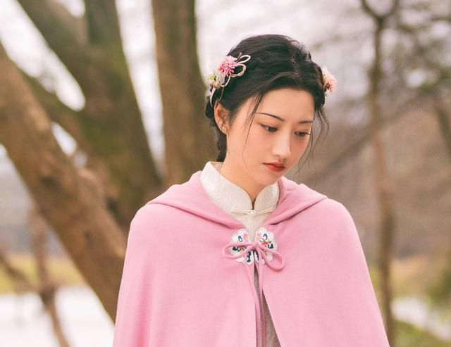 Tư Đằng: Quên ma nữ đẹp mê mẩn đi, Cảnh Điềm bị soi cảnh ăn uống vội vàng chưa từng lộ ra - Ảnh 4.