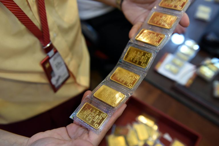 Giá vàng giảm 120 nghìn đồng/lượng - Ảnh 2.