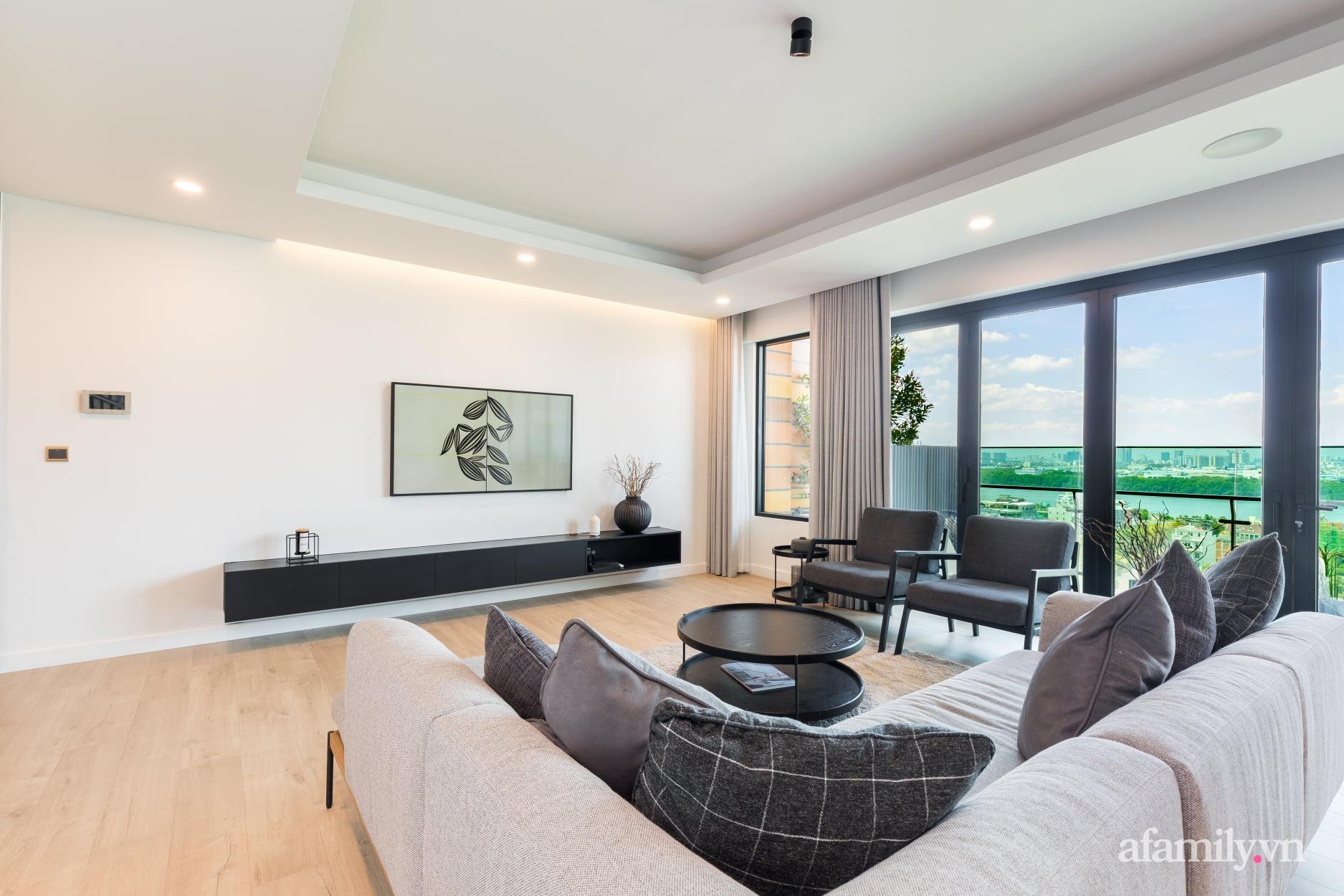 Căn hộ 216m² đẹp sang trọng và hiện đại thu trọn vẻ đẹp quận 2 Sài Gòn trong tầm mắt nhờ phong cách Minimalism - Ảnh 2.