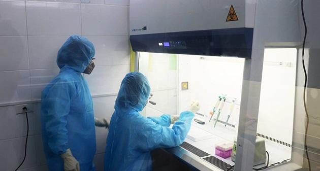 Hà Nam có 2 ca nghi ngờ nhiễm SARS-CoV-2 - Ảnh 1.