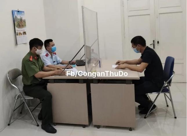 """Một Youtuber có tiếng bị xử phạt 12,5 triệu đồng vì tung tin """"Hà Nội bị phong tỏa"""" - Ảnh 2."""