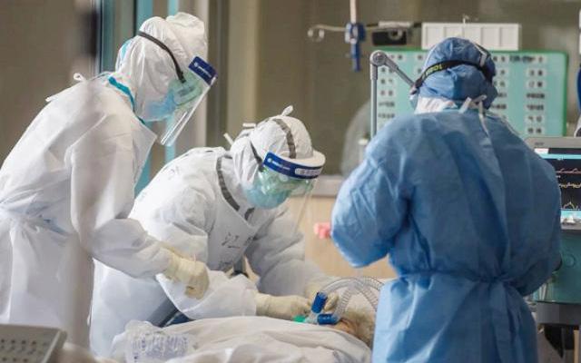 NÓNG: Hà Nội ghi nhận thêm 4 F1 dương tính với SARS-CoV-2, có 2 ca xét nghiệm lần 3 mới ra kết quả
