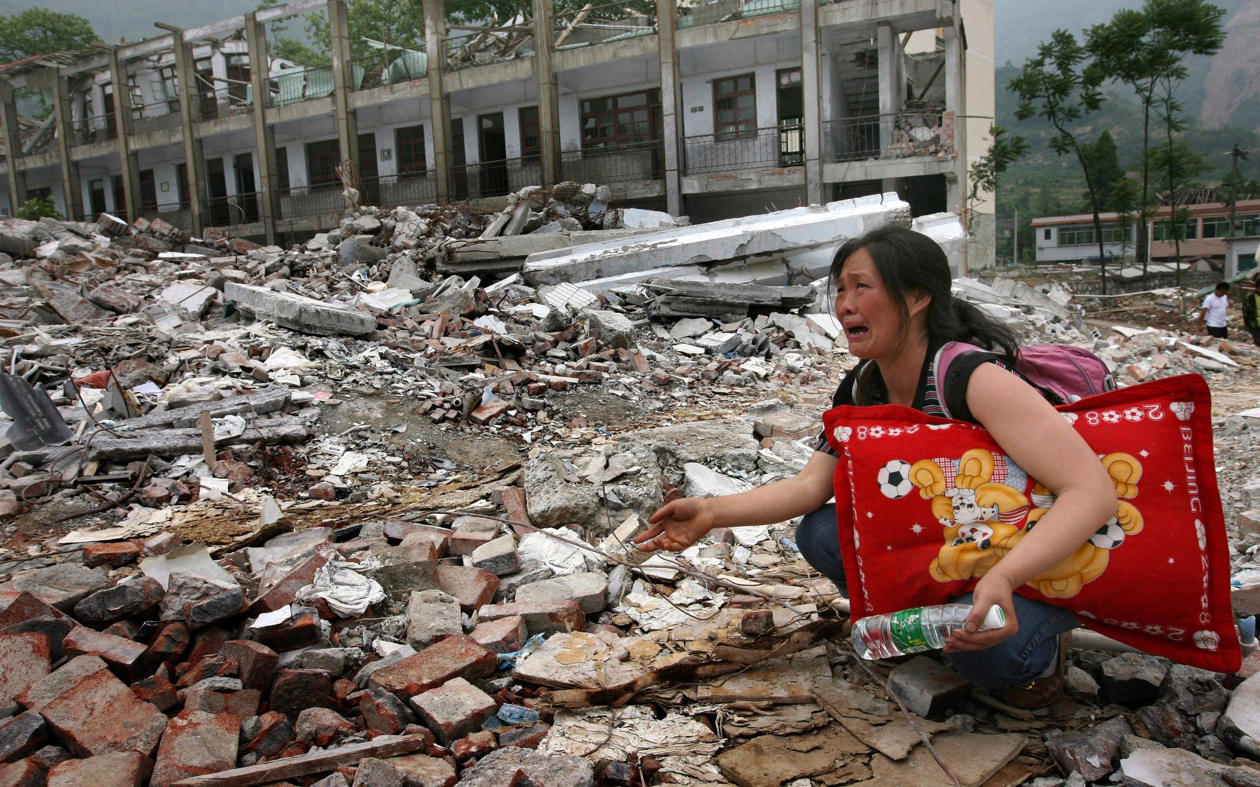 13 năm nhìn lại cơn đại địa chấn Tứ Xuyên: Nỗi đau như bóng ma ám ảnh, tang thương không thể nào xóa nhòa
