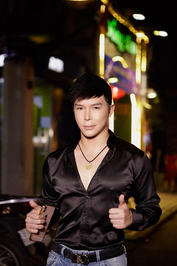 """Hồ Quỳnh Hương ủng hộ Nathan Lee ca hát, nam ca sĩ đáp lại còn tranh thủ đá xéo """"ai đó thiểu não""""  - Ảnh 3."""